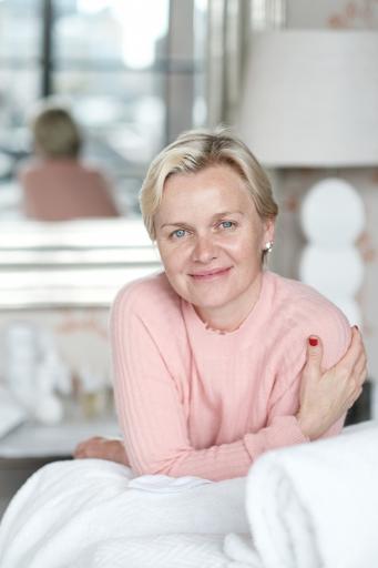 Dr Barbara Sturm Portrait 4