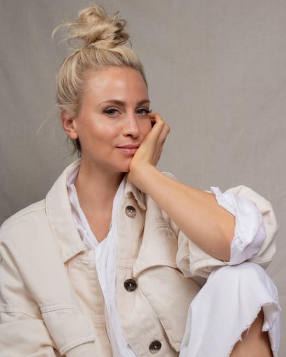 YLUMI Portrait Amely Kuchenbäcker