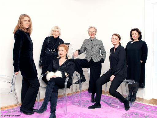 Kunst & Schönheit Marion Faber mit Künstlerinnen FINAL mit Copyright