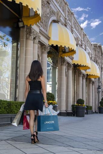 Lancer Mood Beverly Hills
